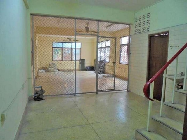 HR 1757 ให้เช่าบ้านเดี่ยวพร้อมตึกแถว รวมพื้นที่ 103 ตรว.ซอยเจริญรัถ 24 คลองสาน