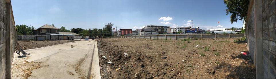 ขายด่วนมาก ทำเลทอง ขายที่ดินสวย ถนนพัฒนาการ 74 เนื้อที่ 670 ตารางวา เหมาะสำหรับสร้างบ้านหรู