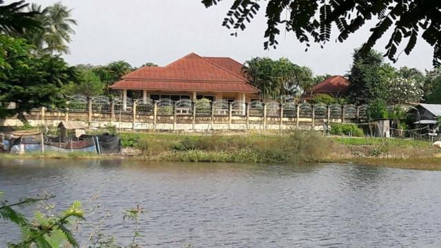 ขายบ้านฝรั่งสวย ๆ ลดสุดๆ ในเมืองหนองคาย ติดน้ำหนองเดิด ใกล้สะพานมิตรภาพไทยลาว