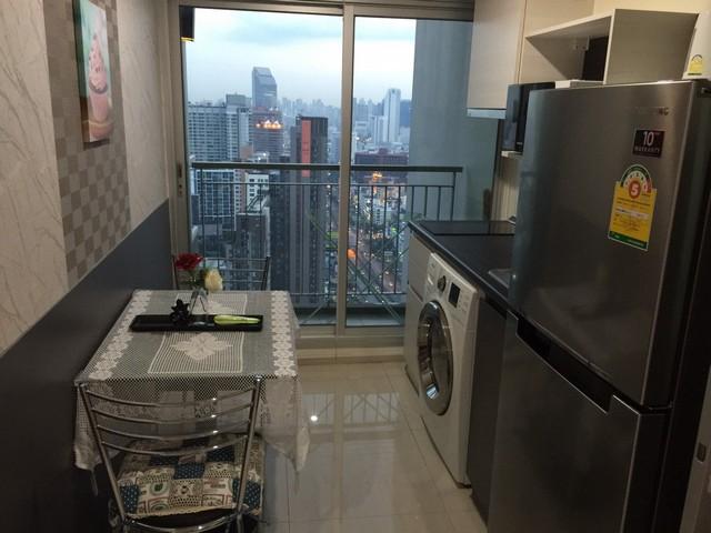 ให้เช่าคอนโด ไลฟ์ รัชดาภิเษก ใกล้ MRT ห้วยขวาง 1นอน 32 ตร.เมตร ชั้น 35  ตึกA