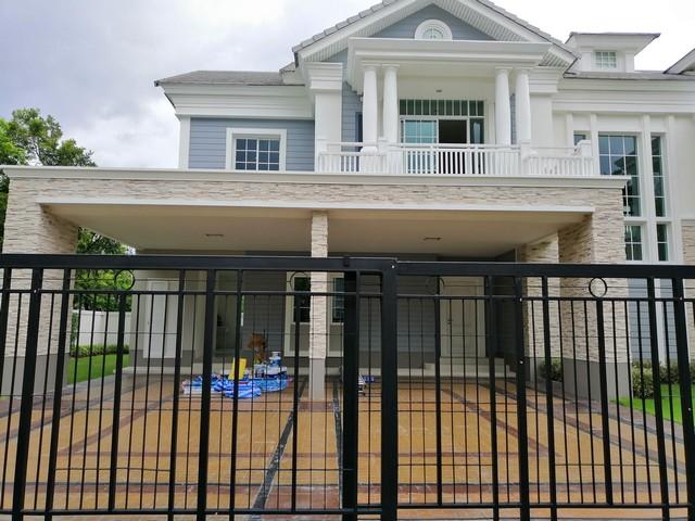 Single house, Narasiri Bangna km. 10, near Mega Bangna.