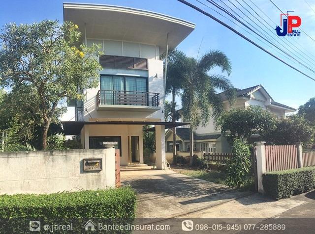 ขาย บ้านเดี่ยว 2 ชั้น 67.2วา 2 นอน 3 น้ำ บ้านสวยกลางเมือง ซอยยางงาม โฉลกรัฐ สุราษฎร์ธานี สภาพดีพร้อมอยู่ ใกล้ห้างสหไทย 5 นาที
