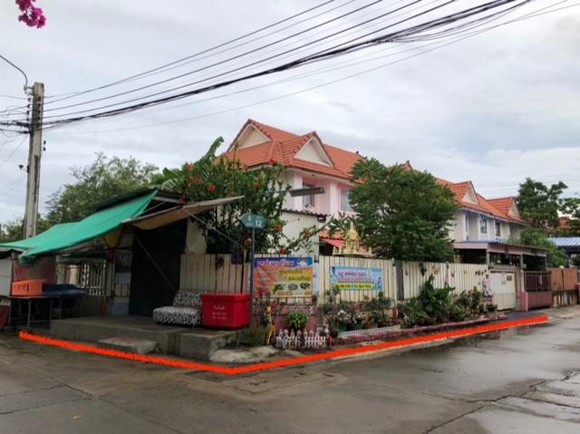 ขาย บ้านแฝด  หมู่บ้าน พฤกษา 34 (พนาลี) ประชาอุทิศ 90  เนื้อที่ 48 ตรว. หลังมุม พร้อมอยู่