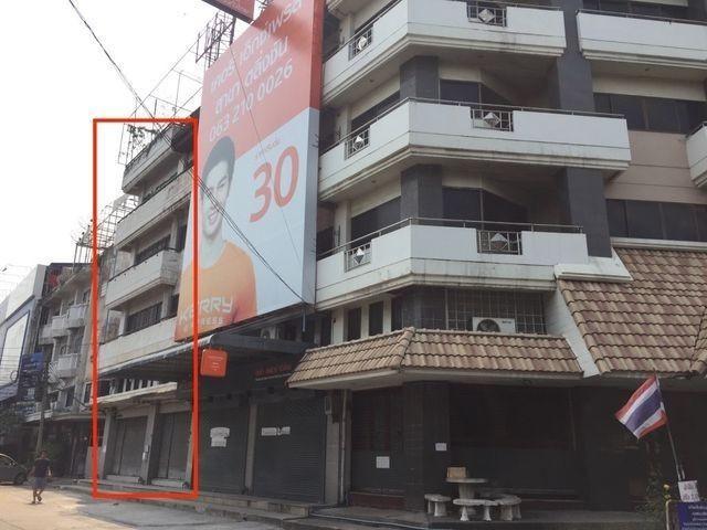 ให้เช่าอาคารพาณิชย์ 2คูหา4.5ชั้นใกล้ถนนบรมราชชนนีใกล้เซ็นทรัลปิ่นเกล้า