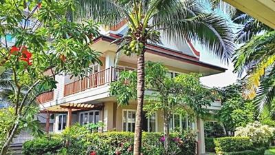 บ้านเดี่ยว วิลล่าริมหาดชะอำ ตำบลชะอำ อำเภอชะอำ เพรชบุรี 250 ตรม.