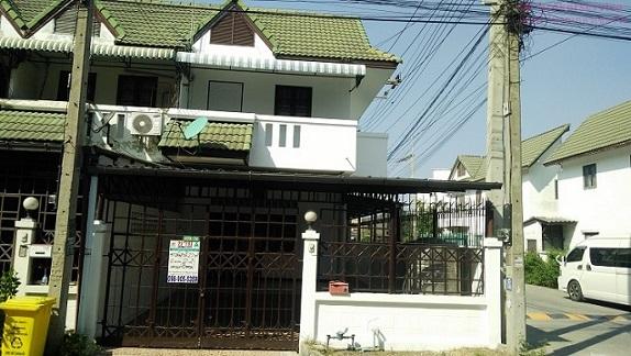 ขายทาวน์โฮม 2 ชั้น  หมู่บ้านบางปะอินโฮมทาวน์ นิคมบางปะอิน
