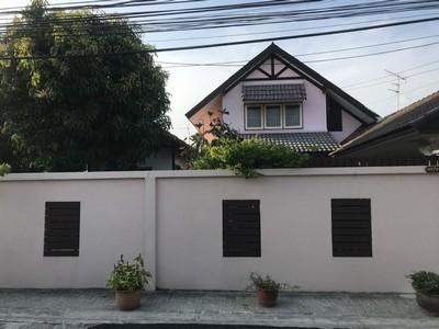 ขายบ้านเดี่ยว 2 ชั้น หมู่บ้านเลิศอุบล 4 ย่านนาคนิวาส 48 เนื้อที่ 69 ตร.วา