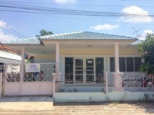 บ้านเดี่ยว หมู่บ้านพฤกษา 4 ชั้นเดียว ต.มหาสวัสดิ์ อ.พุทธมณฑล จ.นครปฐม เนื้อที่ 50 ตรว.