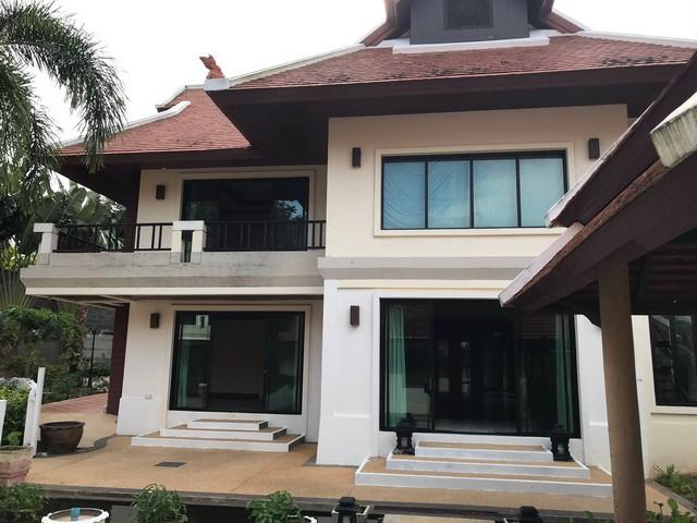 ขายบ้านหรูที่ภูเก็ต บ้านใหญ่4 หลังในพื้นที่ถึง 567ตรว