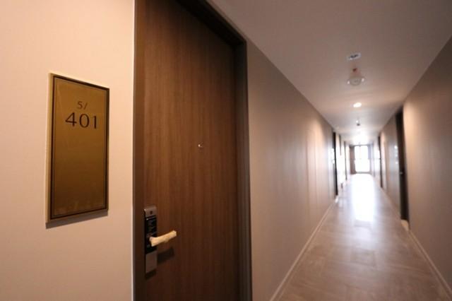 Room for rent Whizdom Essence Sukhumvit 101/1  BTS Punnawithi station