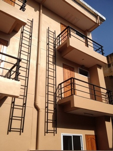 ขายด่วน อาคารพาณิชย์ใจกลางเมือง สร้างใหม่ 3 ชั้น 2 ห้องนอน 3ห้องน้ำ อ.เมือง จ.ตาก 4.5 ล้านเท่านั้น