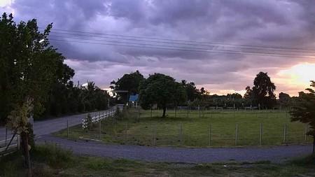 ขายที่ดินแบ่งขาย  อยู่ติดถนนแมน  ภายในโครงการทุ่งดินดำรีสอร์ท  จำนวน 3 แปลง