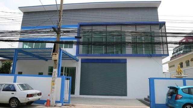 ขาย อาคารสำนักงาน2ชั้นพร้อมโกดัง งามวงศ์วาน27 พท130ตรว เพียง500เมตรจากปากซอย