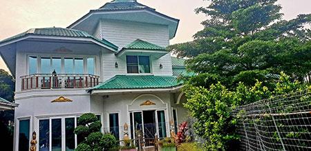 ขายบ้านรวมฟอร์นิเจอร์ทั้งหมด 35ล้าน ขนาด 2ไร่ กับ 98 ตารางวา บางละมุง ชลบุรี โทร 0616235353