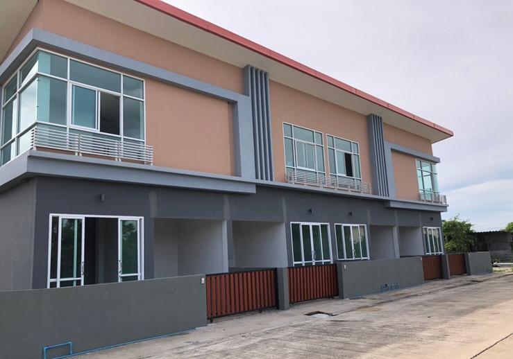 ให้เช่า บ้านทาวน์โฮม 2 ชั้น สร้างใหม่ โครงการทรัพย์รุ่งเรืองแอสเสท